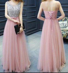 Платье новое нежно розового цвета
