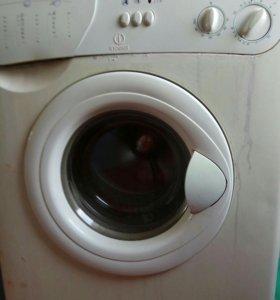 Стиральная машина автомат Индезит