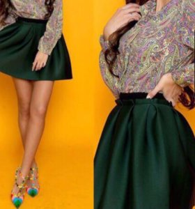 Темно-зелёная юбка