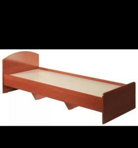 Односпальная кровать вместе с матрасом