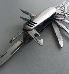 Многопредметный складной нож