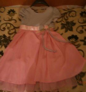 Продам платье для девочки 12-13 лет