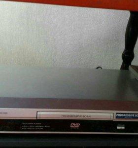 DVD и СD player. DVD-S25
