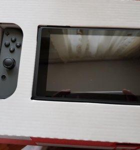 Игровая консоль Nintendo Switch + игра FIFA 18