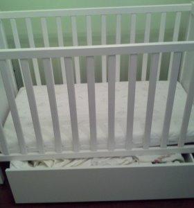 детская кроватка с ящиком для белья