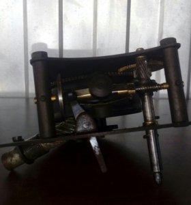 Механизм для потифона