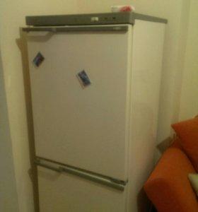 Холодильник не холодит, не морозит