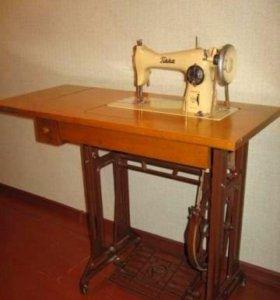 Финская ножная швейная машина Tikka