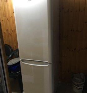 Indesit Двухкамерный холодильник