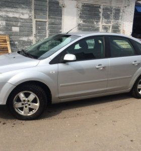 Ford Focus, II 1.8 MT (125 л.с.)