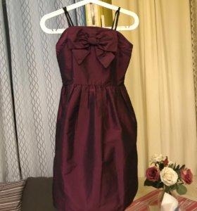 Платье для девочки 40-42р.