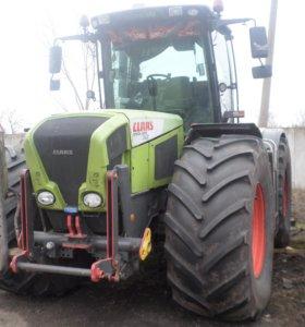 Трактор CLAAS Xerion 3300
