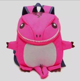 Детский рюкзачок Динозавр розовый