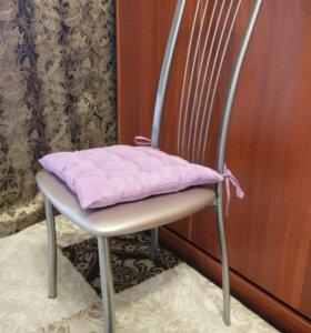 Подушка на стул 38 х 38 см. Сделана своими руками!