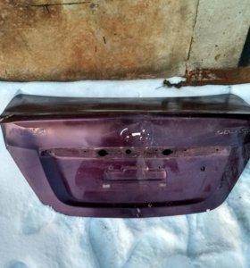 Задняя крышка багажника от Hyundai Solaris 2011 го