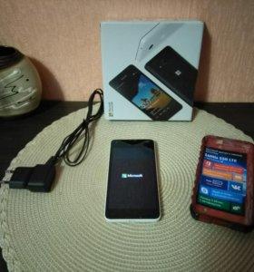 Смартфон Microsoft Lumia 550 LTE (белый)