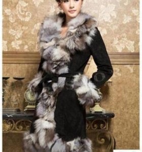 Пальто из натуральной кожи с мехом чернобурки