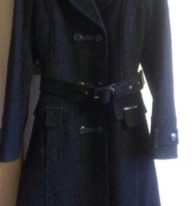 Женское пальто р-р 44-46 (М)