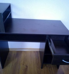 Новый стол для маникюра