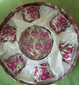 Новый подарочный набор посуды-чайный сервиз