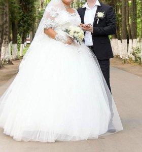 Божественно красивое свадебное платье!)