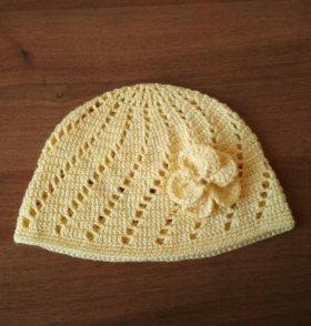 Летняя вязаная шапочка