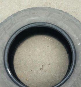 Bridgestone Dueler H/T 265/65 R17