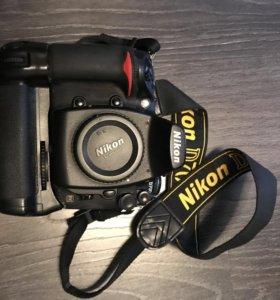Фотоаппарат Nikon D700 без объектива