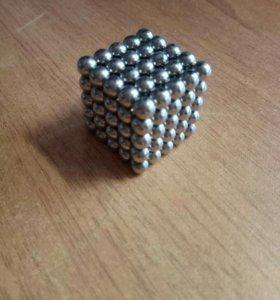 Куб из магнитных шариков
