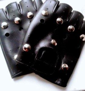 перчатки ПУ