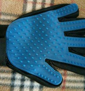 Перчатка для вычесывания шерсти +расческа на руку