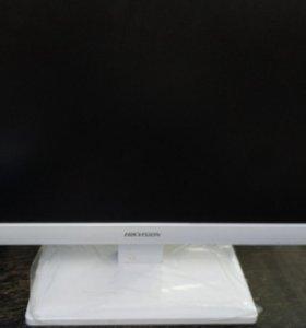 Ip-видеорегистраторHikvision DS-7600NI-E1/A