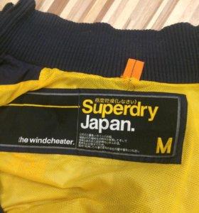 Продам куртку Superdry
