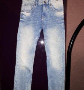 Джинсы и джинсовая куртка фирмы H&M р146 см