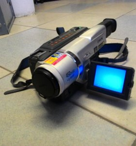 Видеокамера Sony DCR-TRV320E Digital 8