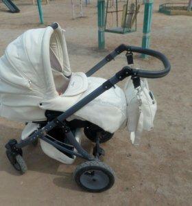 Продаю модульную коляску зима-лето