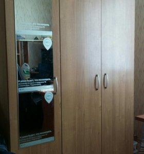 Шкаф 3 створки