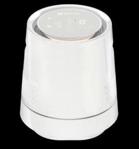 Увлажнитель Мойка воздуха Electrolux 9015D mini