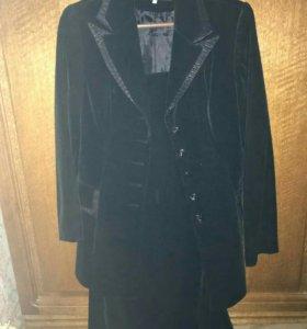 Костюм женский- пиджак+юбка, новый!