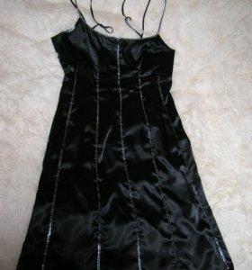 Шикарное платье на тонких бретелях ELIS