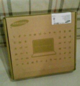 Нетбук Samsung в коробке