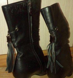 Кожаные,черные,39 размер