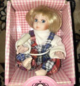 Куколка фарфоровая Remeco collection