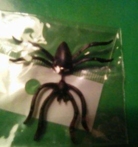 Серьга паук