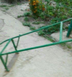 Ручная газонокосилка, основа для тачки