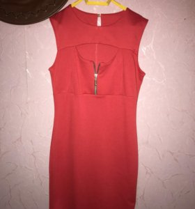 Красное платье новое
