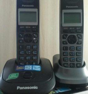 Телефонная пара Panasonic KT-TG2512