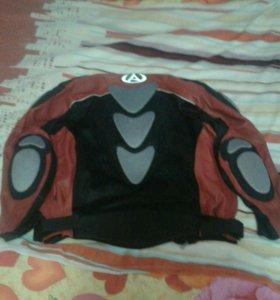 Мотокуртка, шлем, перчатки