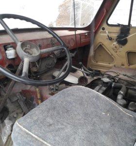 Продам УАЗ 3303