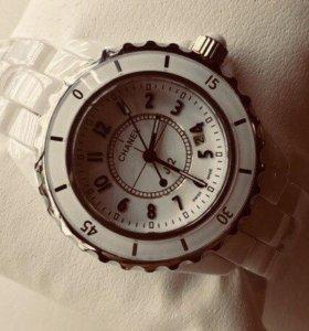 Часы женские качество отличное.